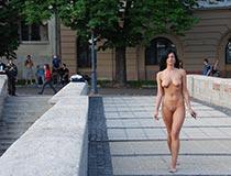 nudes in public 9
