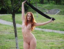 nude in public videos of redhead 3